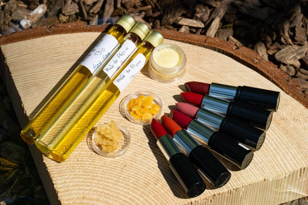 Loesia, Organic and natural Make up made in France - Lipsticks 100% natural