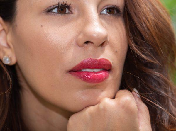Loesia Rouge à lèvres Le Framboise N°103 - Maéva - EAN '3770014805034 - Loesia maquillage biologique et naturel fabriqué en France. Premier rouge à lèvres français 100% naturel et hydratant