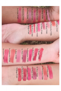 Loesia naturel French makeup. Lipsticks 100% natural and moisturizing made in France. Arms