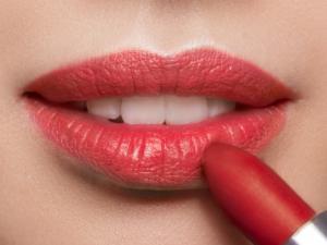 Loesia maquillage naturel français et biologique. Fabriqué en France