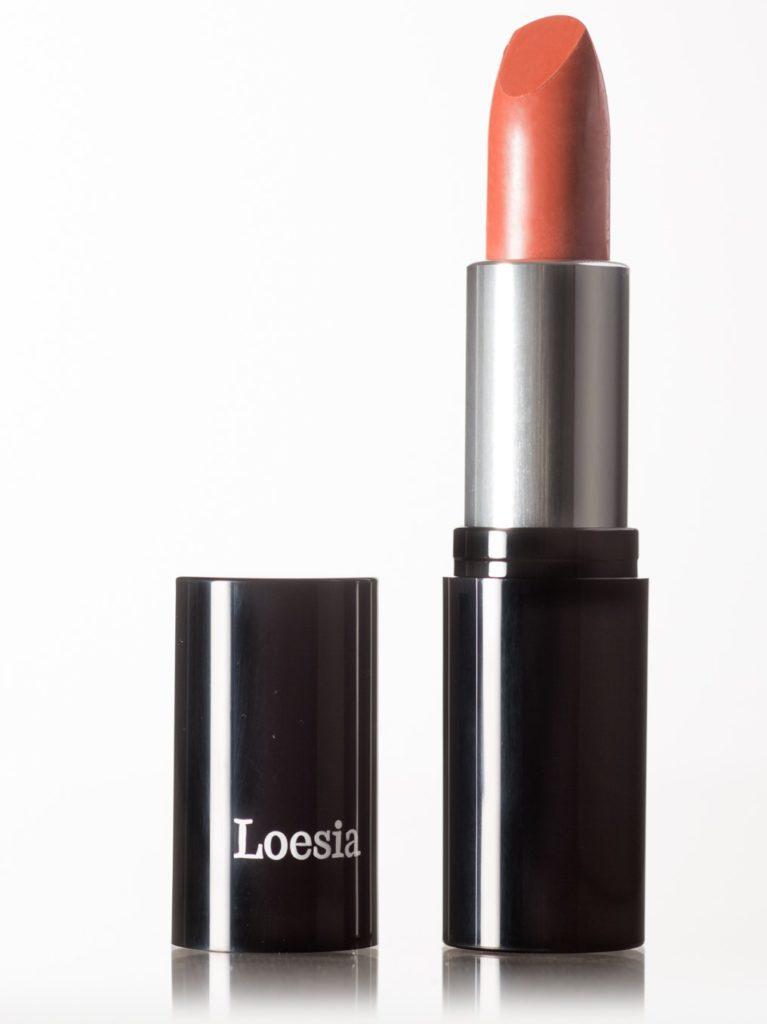 Loesia - Rouge à lèvres Le Terracotta N°106 - Debout - EAN 3770014805065 - Loesia maquillage biologique et naturel fabriqué en France. Premier Rouge à lèvres français 100% naturel et hydratant