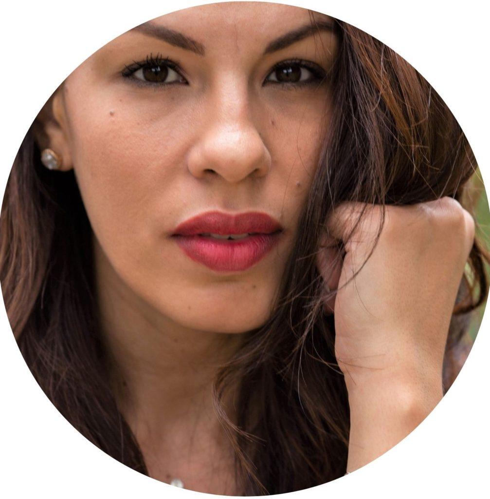 Loesia - Rouge à lèvres Le Cerise N°107 - Maéva - EAN 3770014805089 - Loesia maquillage biologique et naturel fabriqué en France. Premier Rouge à lèvres français 100% naturel et hydratant