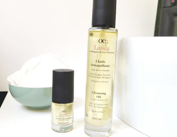 Loesia cosmétiques naturels français. Huile démaquillante pour les peaux sensibles, réactives et sèches. Amande douce