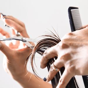 Loesia - Conseils beauté - Prendre soin de ses cheveux pendant l'été