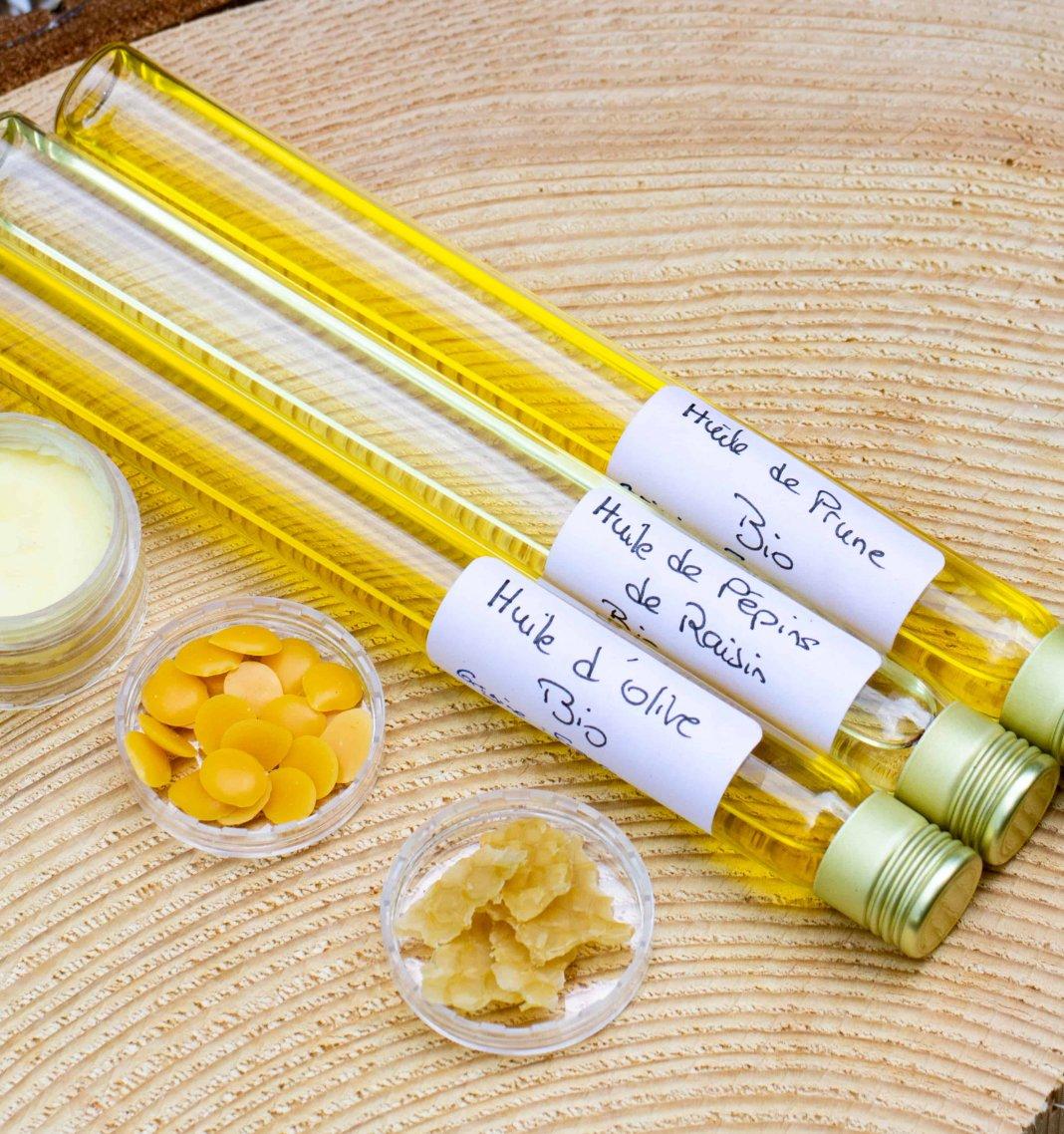 Loesia - Vetegable oil + waxes + butter