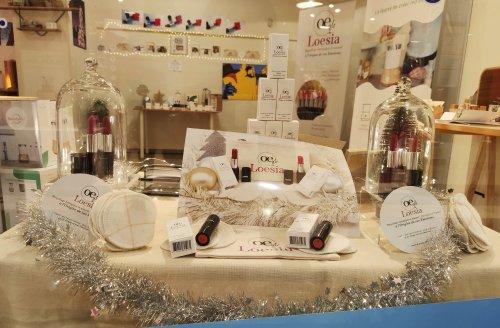 Loesia - boutique éphémère de chartre - Vitrine bis-min